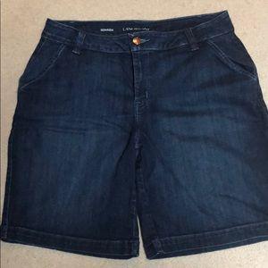 Lane Bryant Bermuda jeans shorts EUC size 18